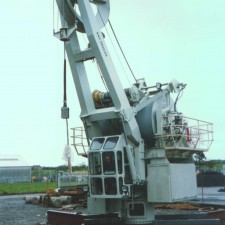Crane and lifting equipment